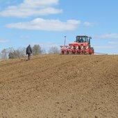 Samorząd rolniczy o wyskości stawek dopłat do materiału siewnego