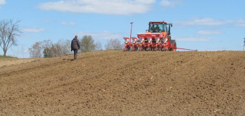 Zasady dzierżawy ziemi uzgadnianie z rolnikami